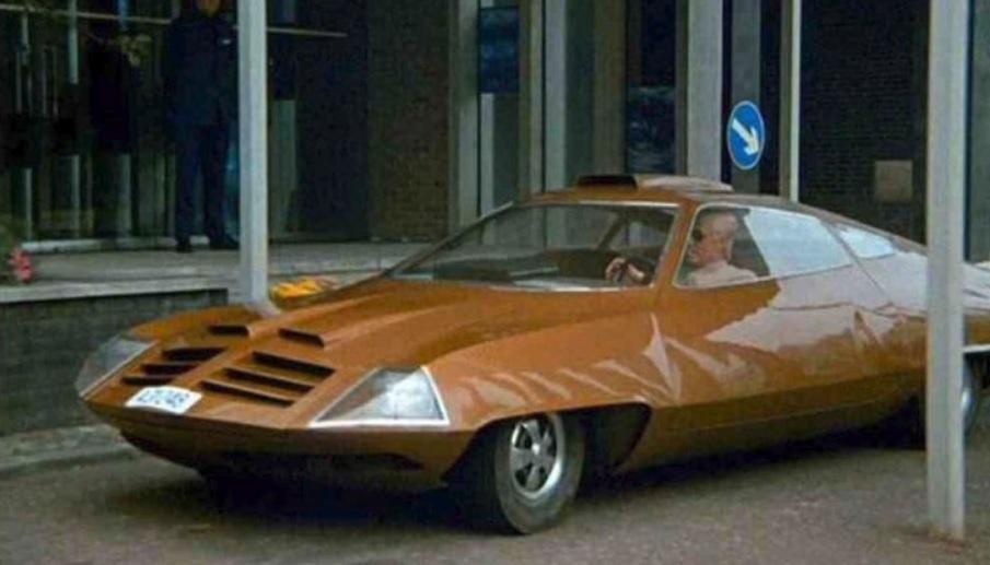 Ed Straker's Car UFO